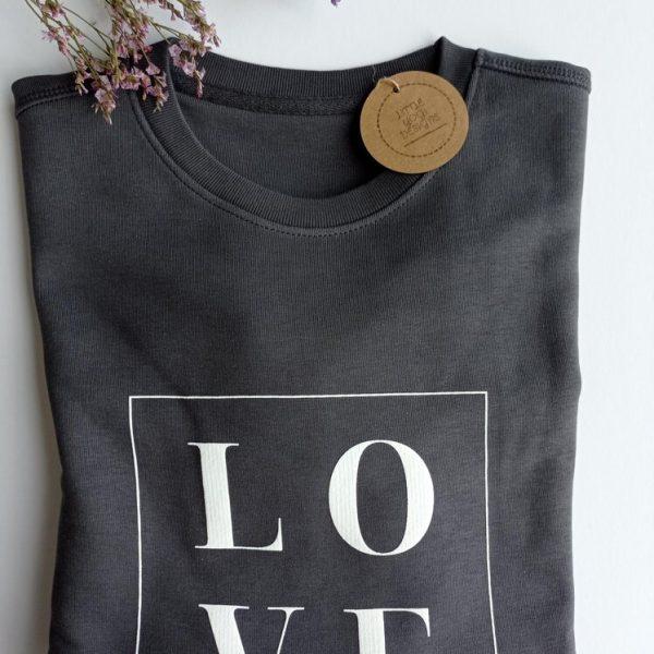 The LOVE Sweatshirt (Anthracite).RESIZE